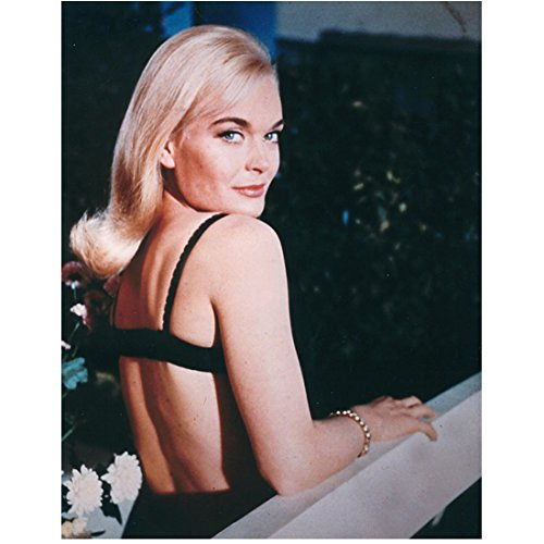 Shirley Eaton 8 inch x 10 inch Photograph Goldfinger Ten Little Indians Carry On Nurse Sexy Looking Over Right Shoulder kn (Best Indian Actress Pics)