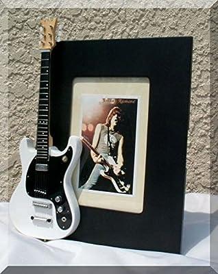 Marco de fotos para guitarra JOHNY RAMONE en miniatura con mosrito ...