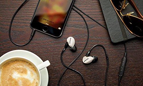 Shure SE215M+-SPE-E, auriculares in-ear con aislamiento de sonido de gran calidad, con control remoto y micrófono para uso con dispositivos móviles como ...