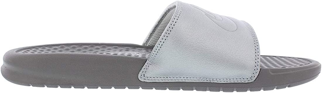 Nike Women's Benassi Just Do It Sandal Metallic Silver/Gunsmoke