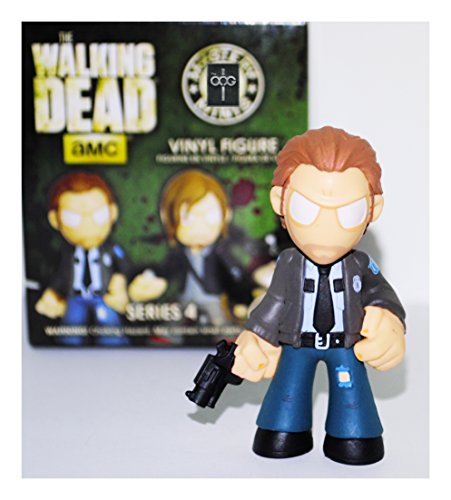 Funko Mystery Mini - The Walking Dead [Series 4] - Rick Grimes [Constable] 1/24 Rarity