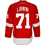 Amazon.com  Dylan Larkin Detroit Red Wings  71 Youth Red Home Player ... e1e85298c
