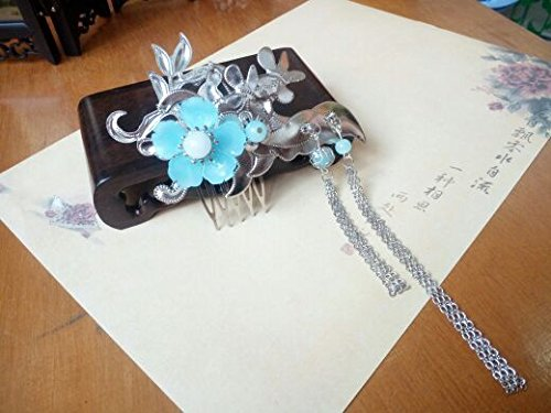 usongs Xian Yun) (archaic headdress handmade filigree flower light blue jade tassel hair comb comb hair accessories costume Gongzhuang