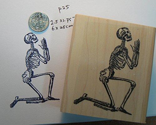praying skeleton Halloween rubber stamp Wm P25 (Rubber Skeleton)