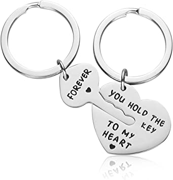 Amazon Com Couple Gifts For Boyfriend And Girlfriend You Hold The Key To My Heart Couple Keychain For Him And Her Valentine S Day Birthday Gifts For Boyfriend Girlfriend His And Her Gifts