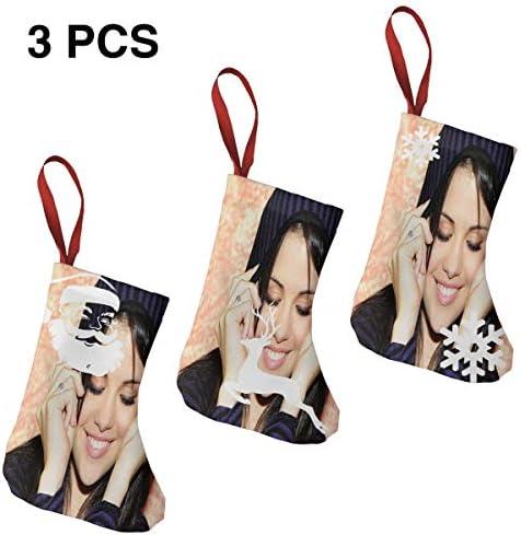 クリスマスの日の靴下 (ソックス3個)クリスマスデコレーションソックス アイドルミュージックSelena Gomez クリスマス、ハロウィン 家庭用、ショッピングモール用、お祝いの雰囲気を加える 人気を高める、販売、プロモーション、年次式