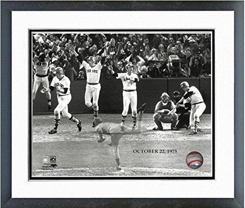 MLB Carlton Fisk Boston Red Sox 1975 World Series Action Photo (Size: 12.5