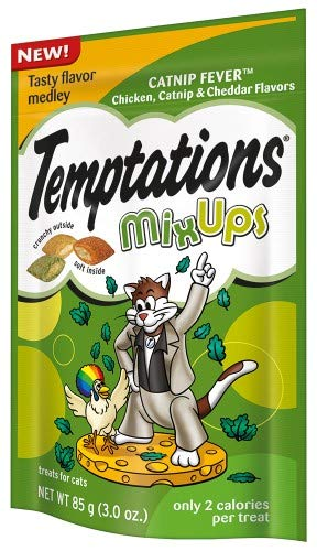 Whiskas Temptations MixUps Treats for Cats Catnip Fever (Pack of 24) by Whiskas