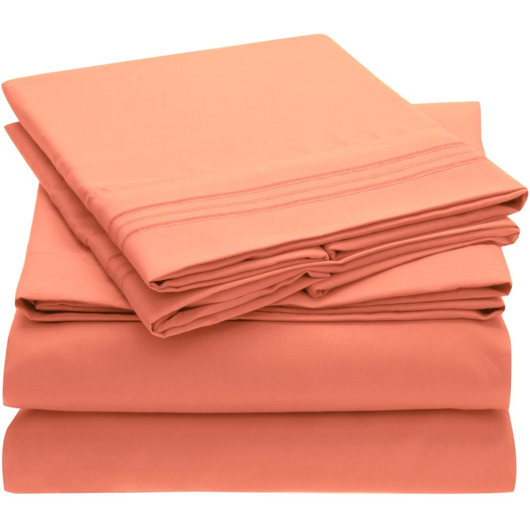 Mellanni Bed Sheet Set Brushed Microfiber 1800 Bedding - Wrinkle, Fade, Stain Resistant - Hypoallergenic - 4 Piece (King, Coral)