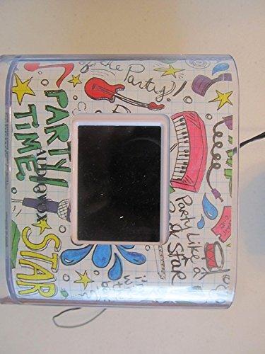 (Audiovox CR8030iE5 Dual Alarm Clock, Radio and Dock for iPod/iPhone)