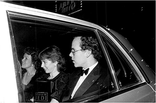 Seat Monaco - Vintage photo of Prince Albert of Monaco in the back seat of a car with unknown childhood company after the premiere of the movie Star Wars III - Return of the Jedi at the Lowes Astor Cinema