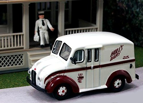 - HO Divco 1950 Delivery Truck: Hull's Dairy Products w/Milkman