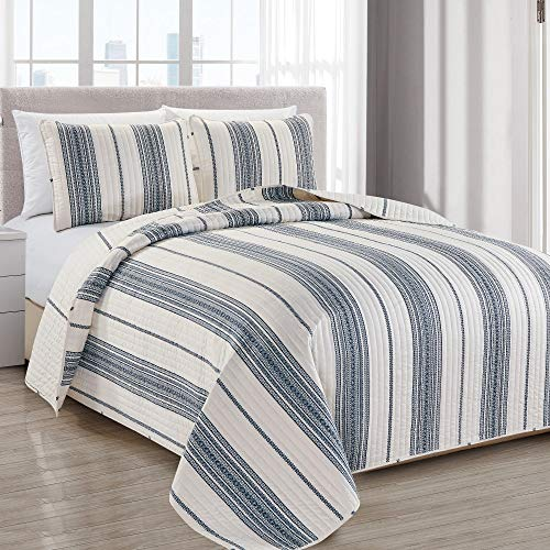Great Bay Home Wesley Collection 3 Piece Quilt Set with Shams. Reversible Modern Bedspread Coverlet. Machine Washable. (Full/Queen, White/Navy) Design White Quilt Set