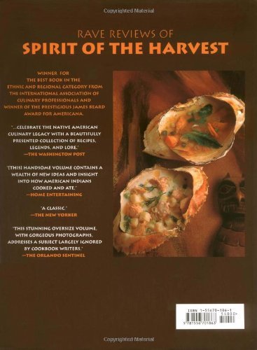 Spirit of the harvest north american indian cooking beverly cox spirit of the harvest north american indian cooking beverly cox martin jacobs 9781556701863 amazon books forumfinder Images