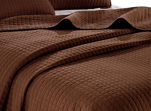 Chocolate solid color Quilt 86
