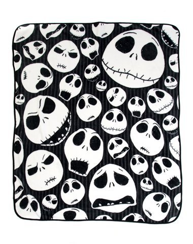 Nightmare Before Christmas 'Skulls' Super Plush Throw, 46 by 60-Inch (Skulls) ()