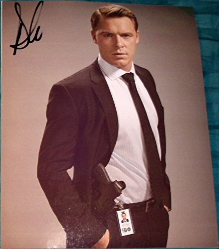 "Diego Klattenhoff Signed Autograph New ""the Blacklist"" Promo Stance 8x10"