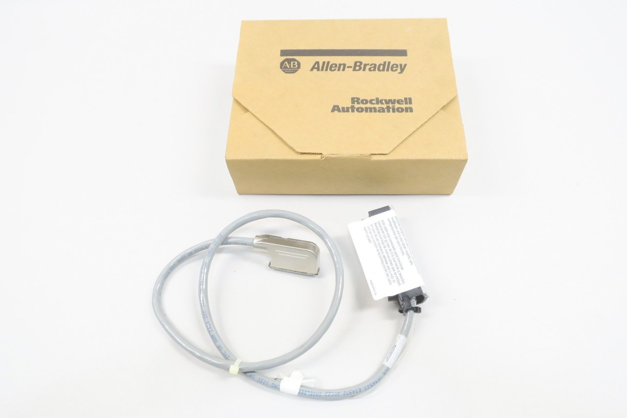 NEW ALLEN BRADLEY 1492-ACABLE025UB CONTROLLOGIX PRE-WIRED CABLE SER A D582308