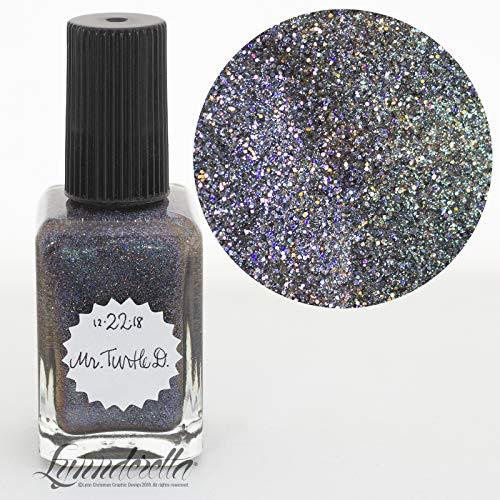 Lynnderella-2018 Advent, Black Holographic Microglitter-December 22-Mr Turtle D.]()