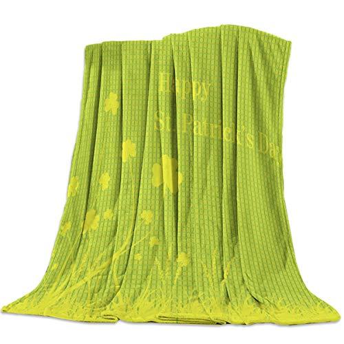 DaringOne Comfy Plush Fleece Throw Blanket 40x50 inch Happy St. Patrick's Day Soft Coach Blanket Lightweight Stadium Blanket Lucky Shamrock Leaves Grid Background ()