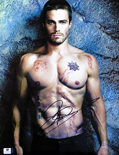 Stephen Amell Signed Autographed 11X14 Photo Arrow Sexy Abs Scars GV816479