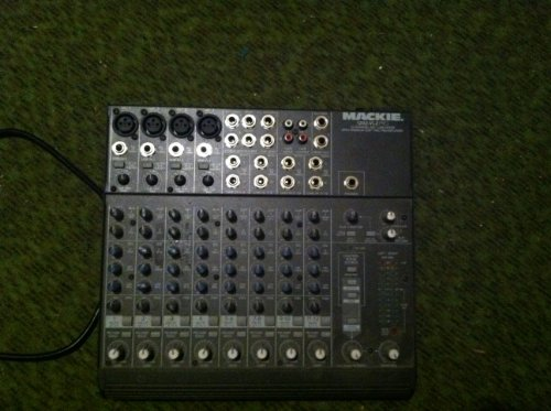 Mackie 1202 VLZPRO 12 Channel Mic/Line Audio Mixer