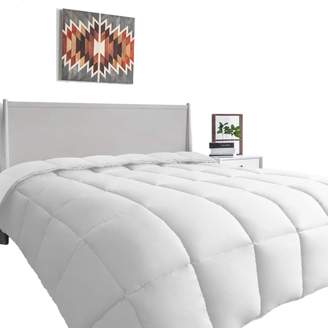 MEWAY King Comforter Soft Quilted Down Alternative - Duvet Insert with Corner Tabs - Summer Cooling - Luxury Fluffy Reversible Hotel Collection - Hypoallergenic for All Season