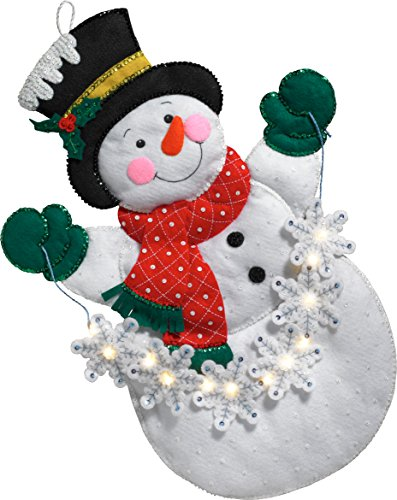 Bucilla 86820 Snowman with Snowflakes Wallhanging Kit ()