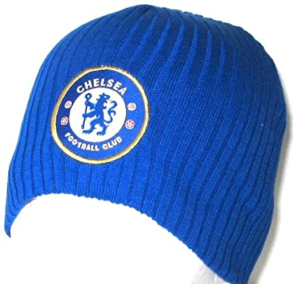 7c23baffe Amazon.com : OFFICIAL CHELSEA FC ROYAL BLUE home CREST BEANIE HAT ...