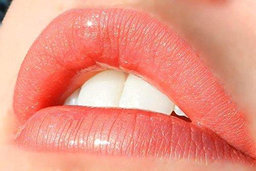 LipSense Bundle - 2 Items, 1 Color and 1 Glossy Gloss (Luv It)