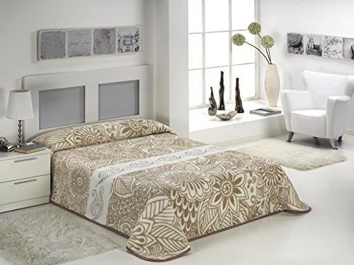European - Made in Spain warm blanket Mora Gold Digital Embroidery 220x240 Beige Color 1 PLY by MORA Blankets