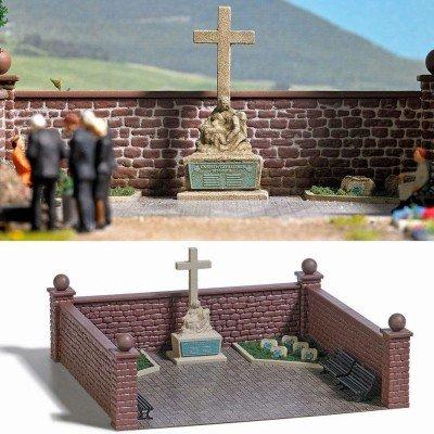 Busch 1094 War Memorial Set HO Scenery Scale Model Scenery ()