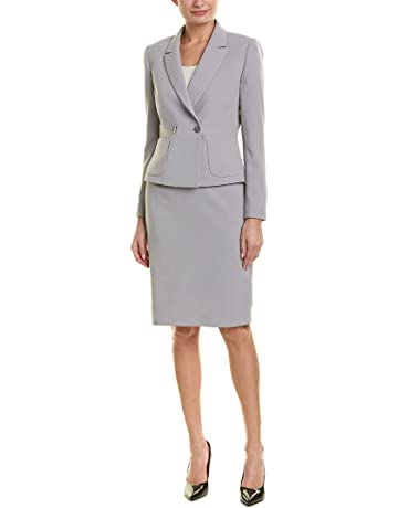 3c5ab34eeb1 Tahari by ASL Women s Crepe Skirt Suit with Flat Pocket