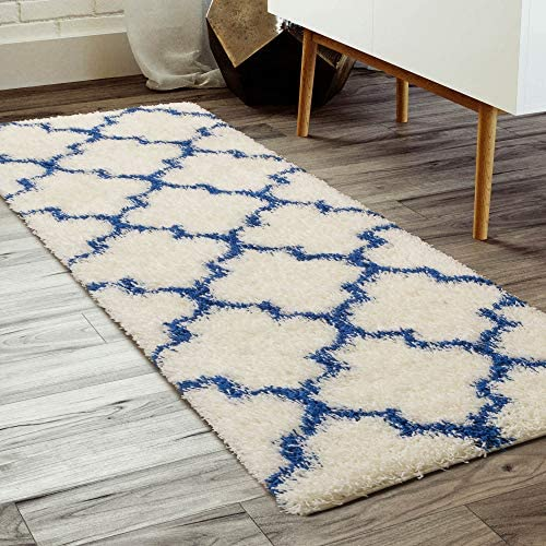 Super Area Rugs Trellis Cozy Shag Rug for Home Decor 2 7 x 8 , White Blue