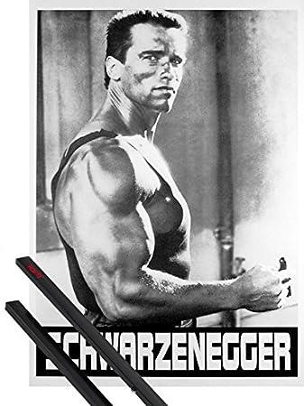 Amazon com: 1art1 Poster + Hanger: Arnold Schwarzenegger