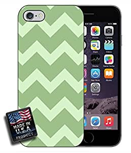 linJUN FENGColorful Army Green Chevron iPhone 6 Hard Case