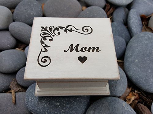 Custom engraved music box, engraved with Mom on the top, with your choice of color and song, perfect Mother's day gift