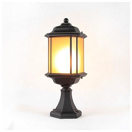 Lámparas solares Los faros de la columna de la lluvia al aire ...