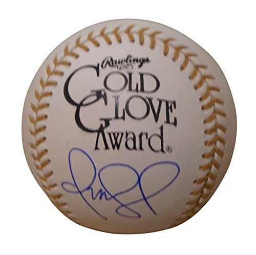 Cleveland Indians Omar Vizquel Autographed Hand Signed Rawlings Official ROMLB Gold Glove Award Game Baseball with Proof Photo of Signing, Chicago White Sox, San Francisco Giants, Texas Rangers, COA
