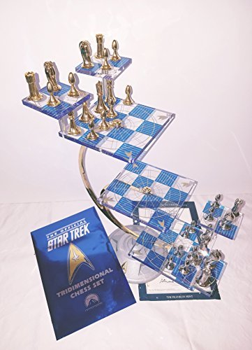 - Star Trek Tri-Dimensional Chess Set, 1994 Original Limited Edition by the Franklin Mint