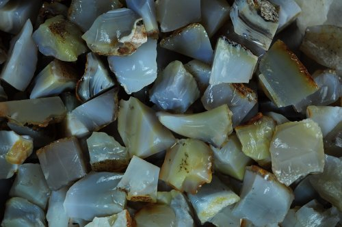 Fantasia Materials: 1 lb Natural Agate Rough - (Select 1 to 18 lbs) - Raw Natural Crystals for Cabbing, Cutting, Lapidary, Tumbling, Polishing, Wire Wrapping, Wicca and Reiki Crystal Healing