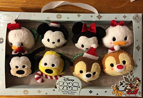 Disney Mickey Mouse and Friends ''Tsum Tsum'' Mini Holiday Series Plush Collection - Set of 8 ()
