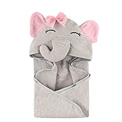 Hudson Baby animal face hooded towels are made of 100% woven cotton terry and are available in a variety of adorable animal face options. Our hooded towels are more than generously sized at 33x33 inches to cover baby head to toe after bath or swim ti...