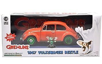 GREMLINS HOLLYWOOD 1967 VOLKSWAGEN BEETLE CAR 1:18  W// GIZMO FIGURE GREENLIGHT
