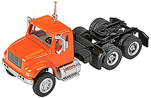 - Walthers SceneMaster International 4900 2-Axle Tractor, Orange