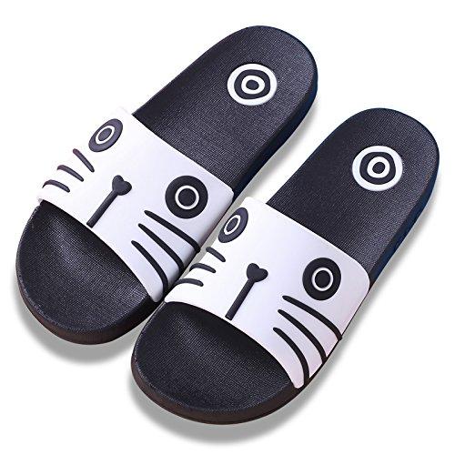 Y-Hui, un par de zapatillas, una familia de verano, tres padres, un espeso Skid Proof Hombre, un hijo de la casa, el baño interior zapatillas White cat (black background)
