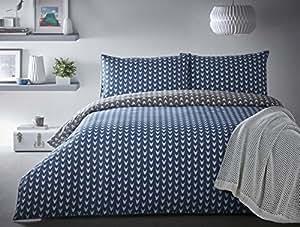 Flecha Cabeza Chevron Azul Gris Blanco Piped 100% algodón tamaño King (Plain White–Sábana bajera de 152x 200cm + 25) 4piezas Juego de cama