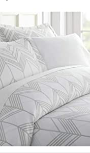 Home Collection iEnjoy Home Hotel Collection Premium Ultra Soft Alps Chevron Pattern 3 Piece Duvet Cover Bed Sheet Set, Full/Queen, Light Gray