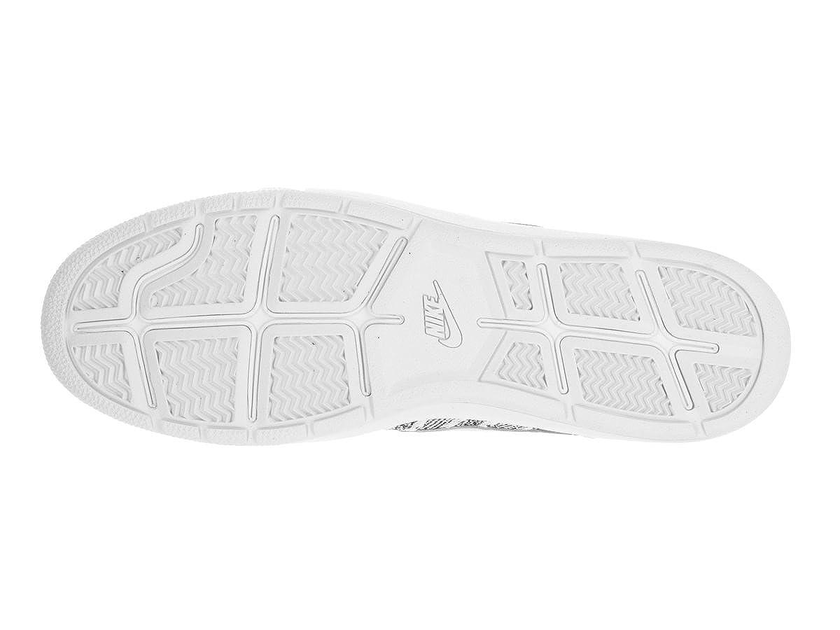 premium selection 70a4e e9c06 Amazon.com   Nike Men s Tennis Classic Ultra Flyknit Tennis Shoe   Tennis    Racquet Sports