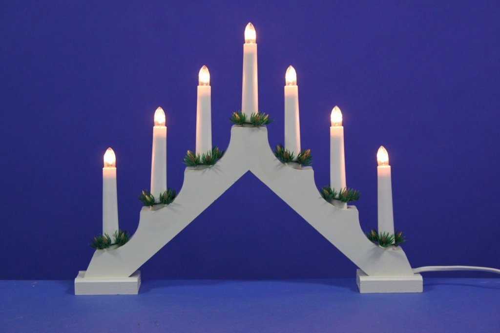 Traditional White Wooden Christmas Candle Bridge